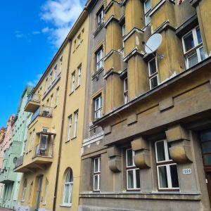 Podepsána kupní smlouva na byt 1+1 v Pardubicích, ul. Náměstí ČS. Legií